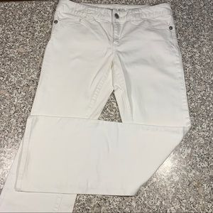 Micheal Kors white jeans with silver accents 10